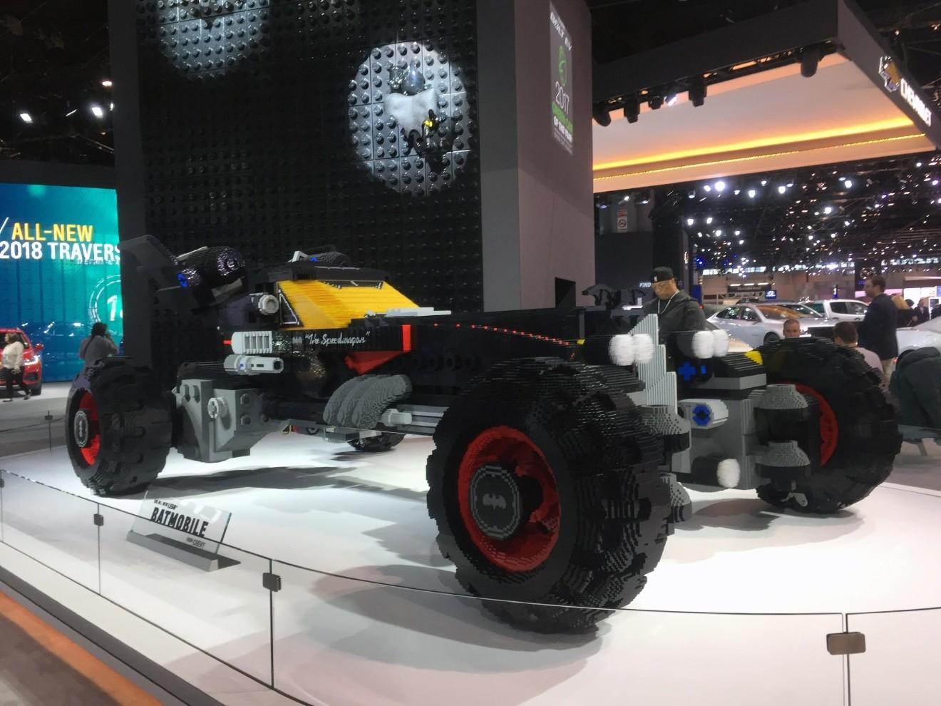 Scenes From The Chicago Auto Show WMYV - Car show chicago 2018